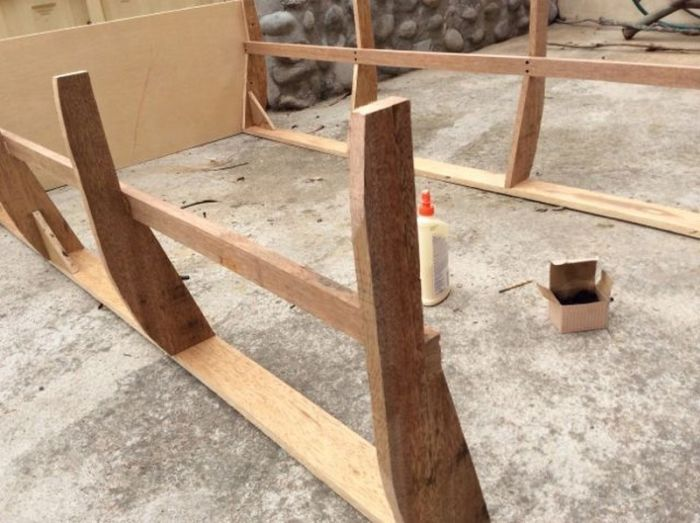 How To Build A Boat Bed From Scratch (12 pics)