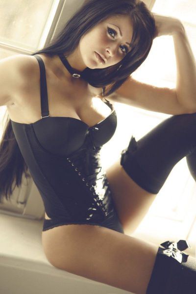 Ladies Show Off Their Lingerie And A Whole Lot More (56 pics)