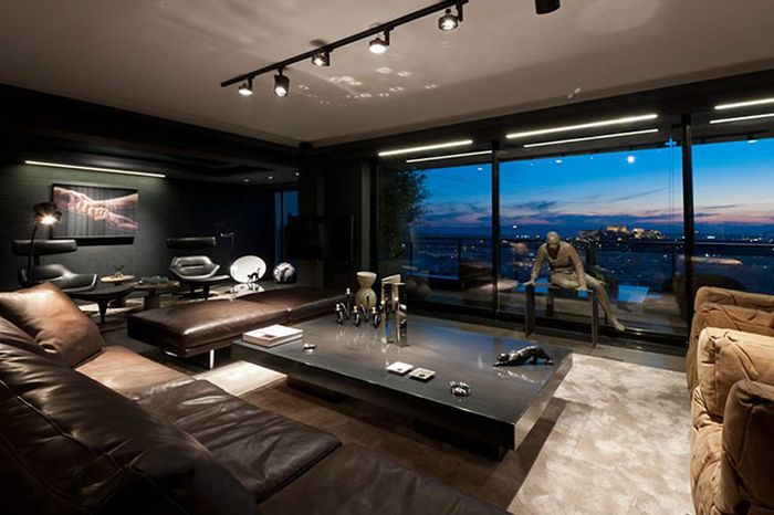 Some Of The World's Best Bachelor Pads (25 pics)