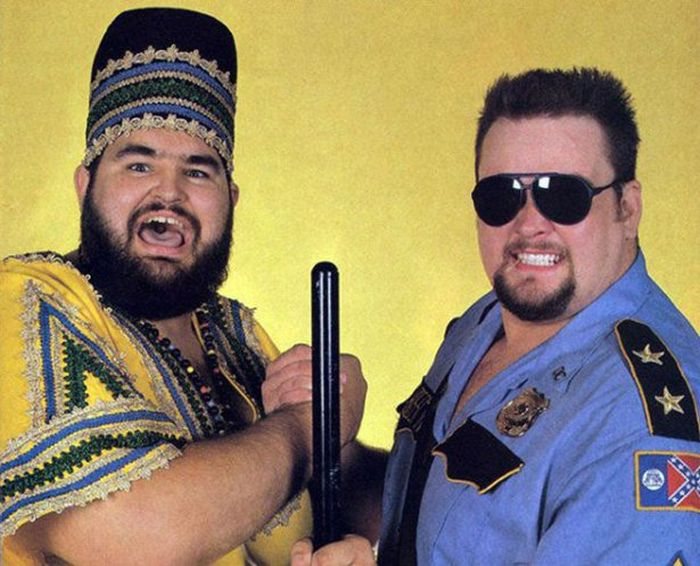 Classic WWE Photos Are A Blast From The Past (33 pics)