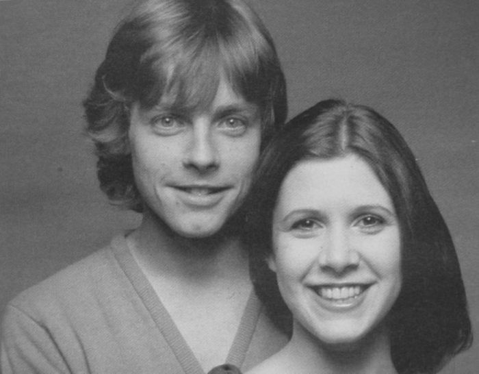 Luke Skywalker And Princess Leia Reunite (2 pics)