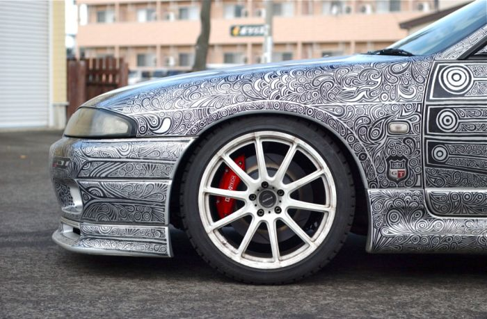 Giving Your Car A New Paint Job With A Sharpie (14 pics)