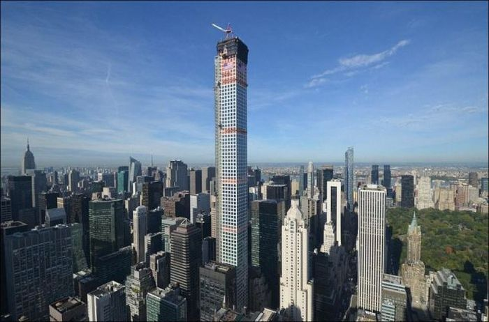 This $95 Million Dollar Manhattan Apartment Is Fit For A King (12 pics)
