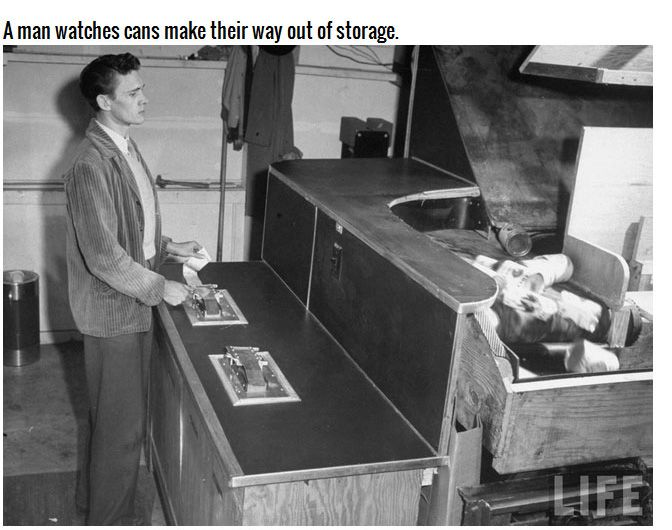 Giant Vending Machine From 1948 (10 pics)