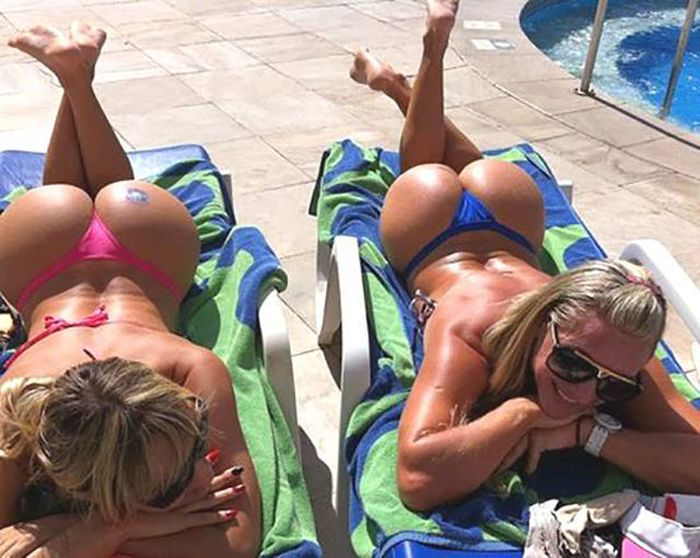 Beautiful Bums That Will Make Your Jaw Drop (52 pics)