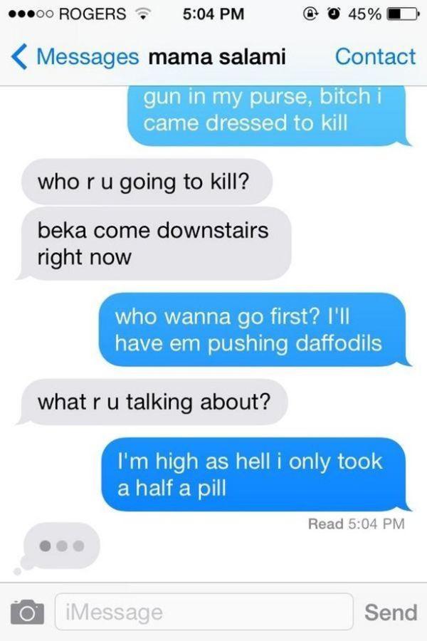Having A Conversation With Mom Using Only Lyrics From 'Anaconda' (4 pics)