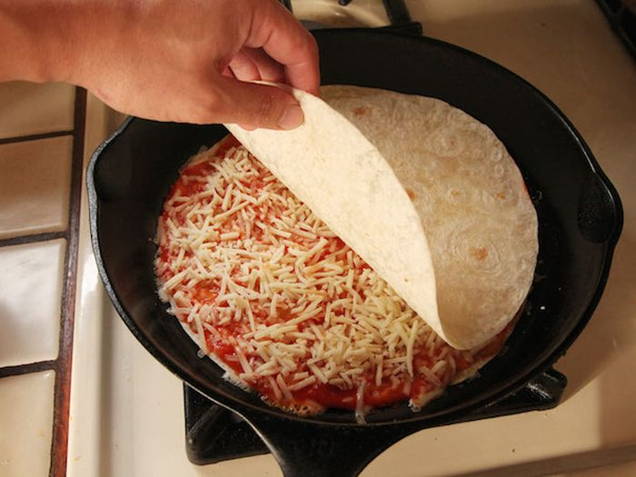 The Pizzadilla Is The Snack You Need In Your Life Right Now (6 pics)