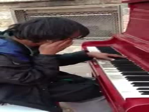 Homeless Guy Plays His Own Song