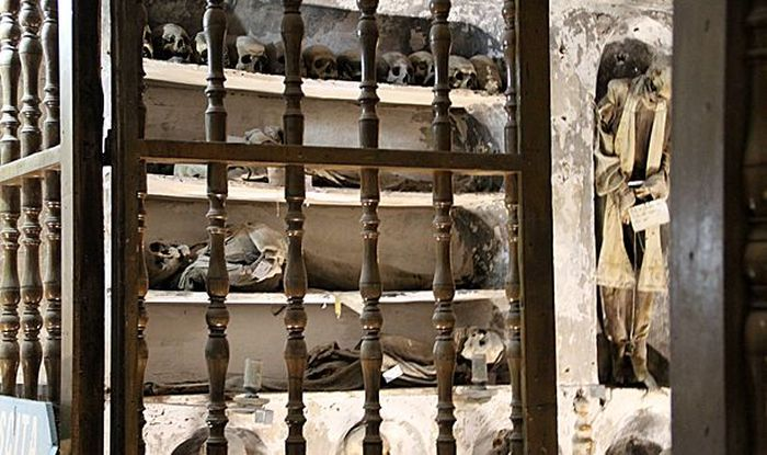 These Catacombs Are Creepier Than Any Horror Movie (40 pics)