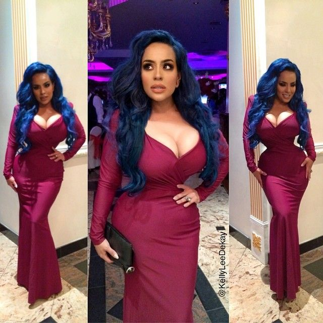 Kelly Lee Dekay May Have The Smallest Waist Ever (30 pics)