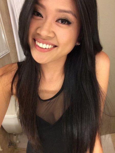 Sexy Asian Girls (43 pics)