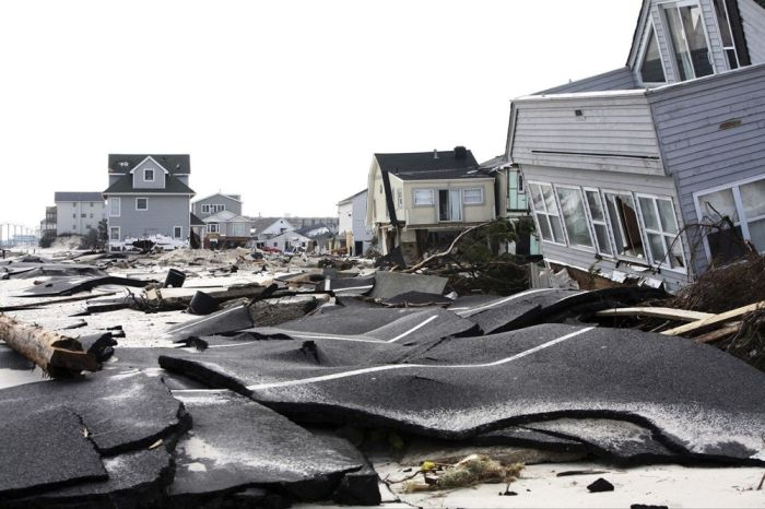 A Look Back At The Massive Destruction Caused By Hurricane Sandy (71 pics)