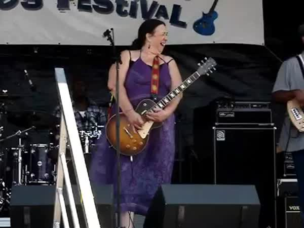 Joanna Connor at North Atlantic Blues Fest 2014
