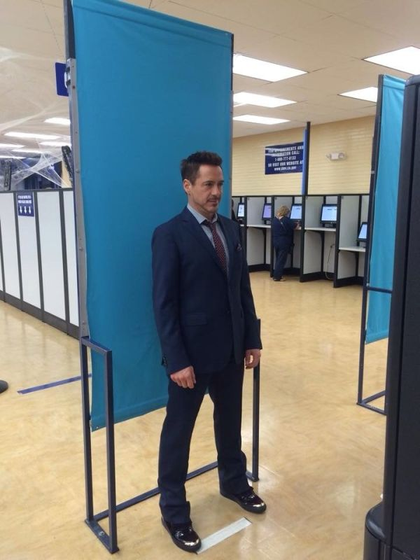Robert Downey Jr's Trip To The DMV Is Now A Meme (11 pics)