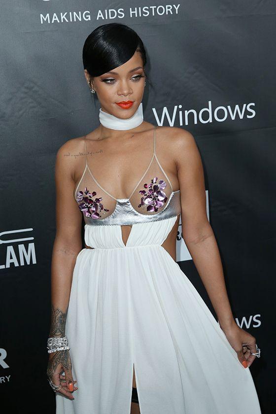 Rihanna and Miley Cyrus Wearing Sexy Dresses (18 pics)