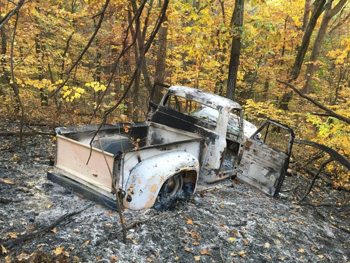 Stolen Truck (12 pics)