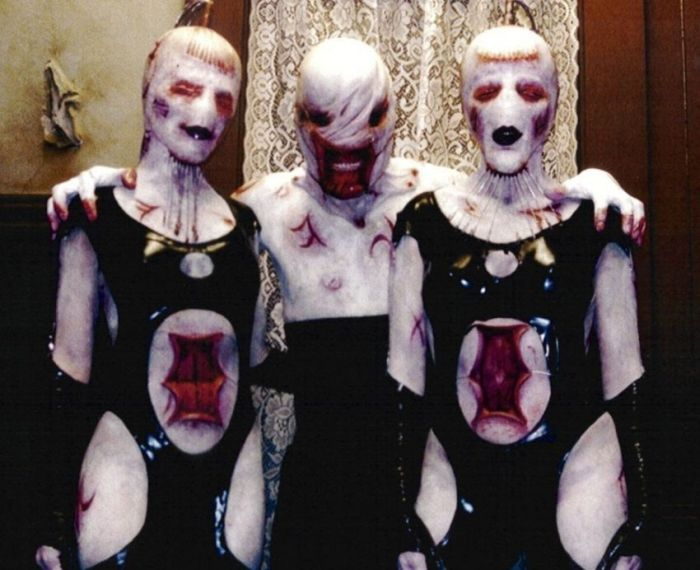 Behind The Scenes Of The Movie Hellraiser (46 pics)