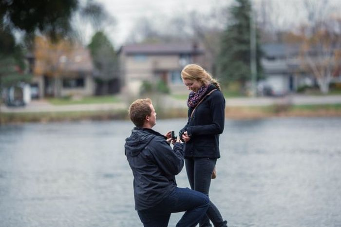 This Secret Engagement Photo Shoot Is A Great Idea (13 pics)