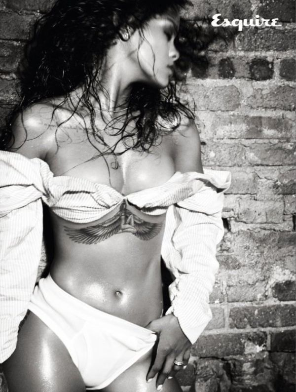 Rihanna's Photo Shoot For Esquire Couldn't Be Any Hotter (8 pics)