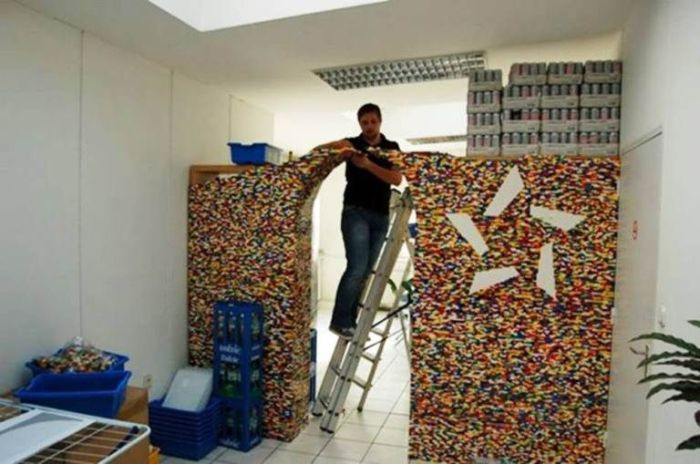 Amazing Wall Built Out Of Legos (4 pics)