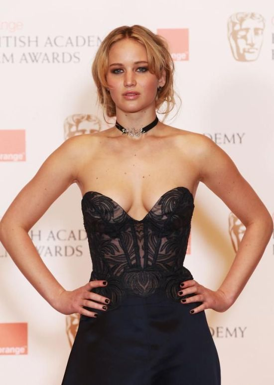 Jennifer Lawrence And Her Wild Wardrobe (38 pics)