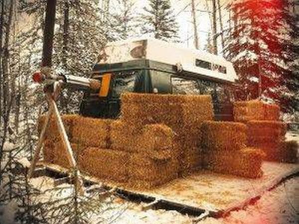 How To Spend The Winter Living In A Camper Van (16 pics)