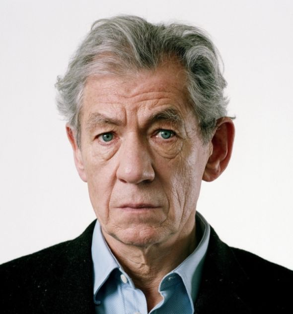 What Ian McKellen Looked Like In 1981 (2 pics)