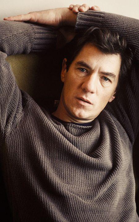 What Ian McKellen Looked Like In 1981 (2 pics)