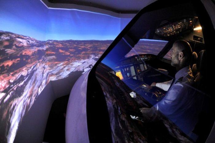 This Homemade Flight Simulator Is Amazing (15 pics)