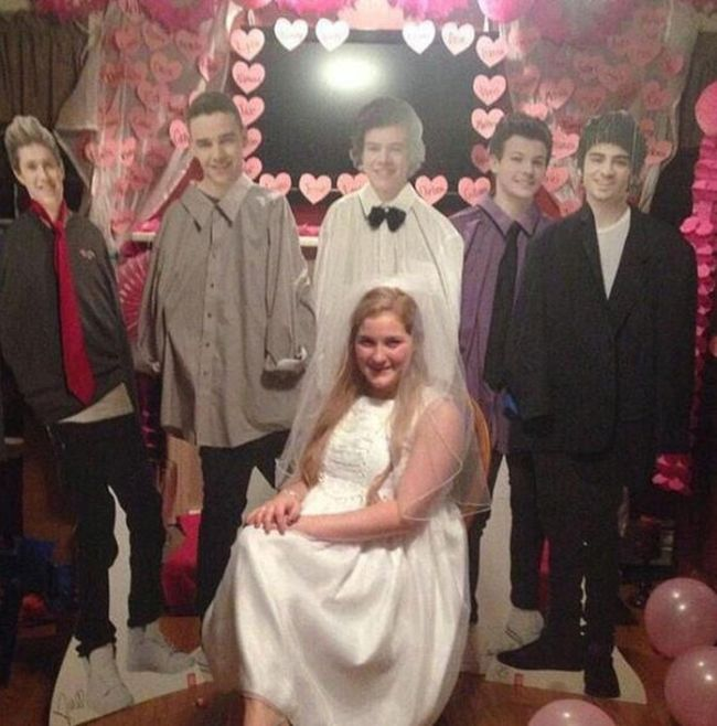 This Girl Has A Really Creepy Obsession With One Direction (4 pics)