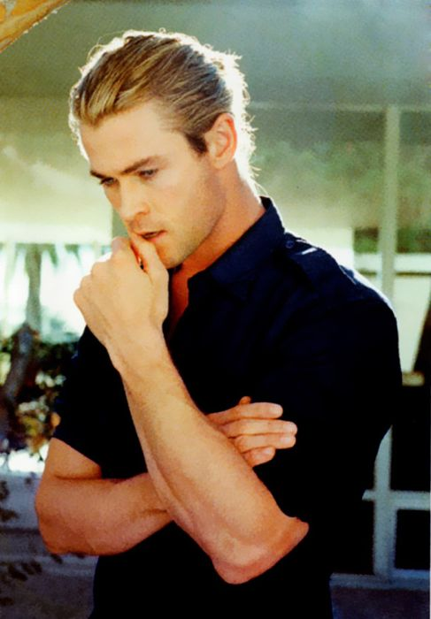 Chris Hemsworth Is Named Sexiest Man Of 2014 (40 pics)