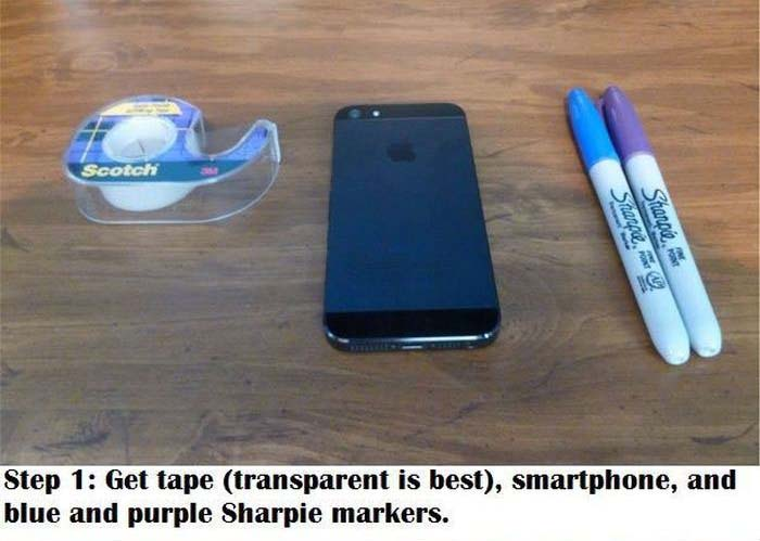 How To Turn Your Smartphone Into A Blacklight (7 pics)