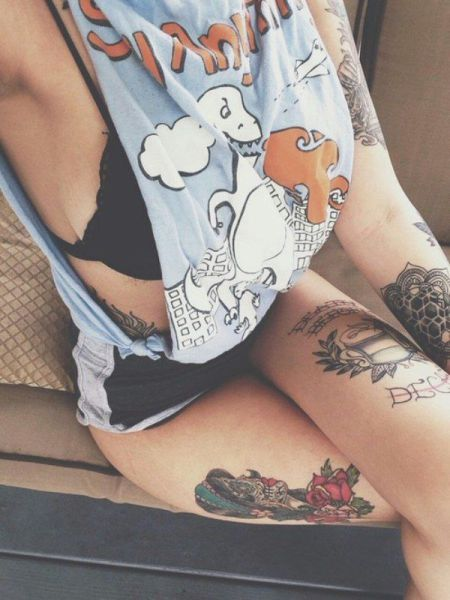 Beautiful Women With Beautiful Tattoos (62 pics)