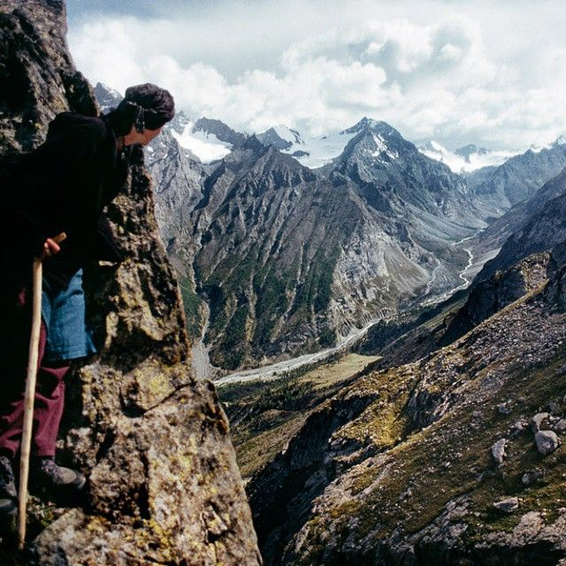 Money Can't Buy Happiness But It Can Help You Travel (35 pics)