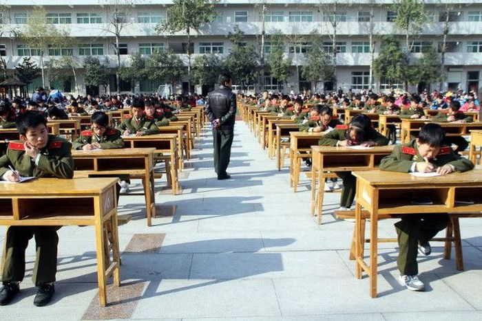 China Is Serious About Taking Exams (6 pics)