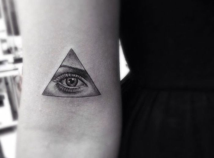Dr. Woo Creates Some Epic Tattoo Art (24 pics)