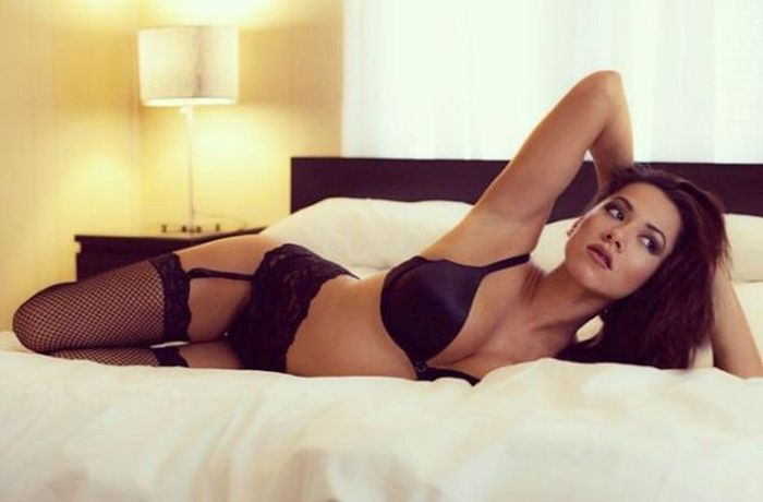 These Ladies In Lingerie Are A Dream Come True (58 pics)