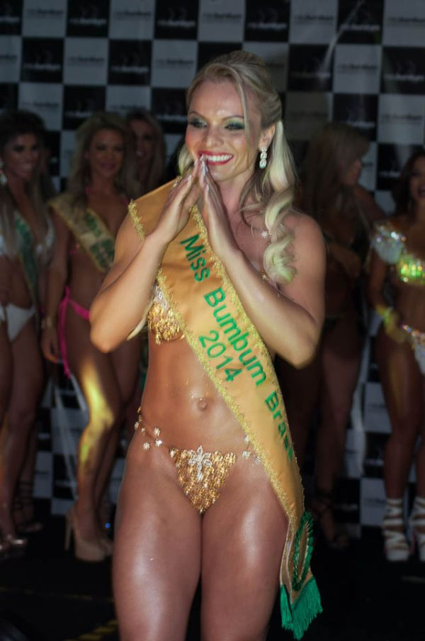 Meet The 2014 Winner Of Miss BumBum Brazil (35 pics)