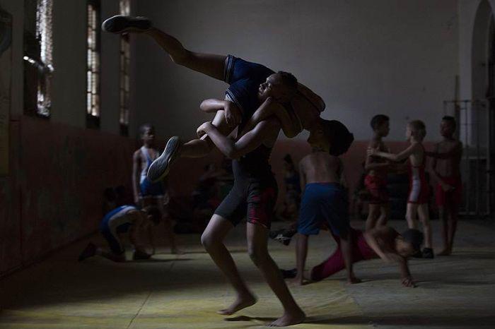 How Cuban Wrestlers Train (14 pics)
