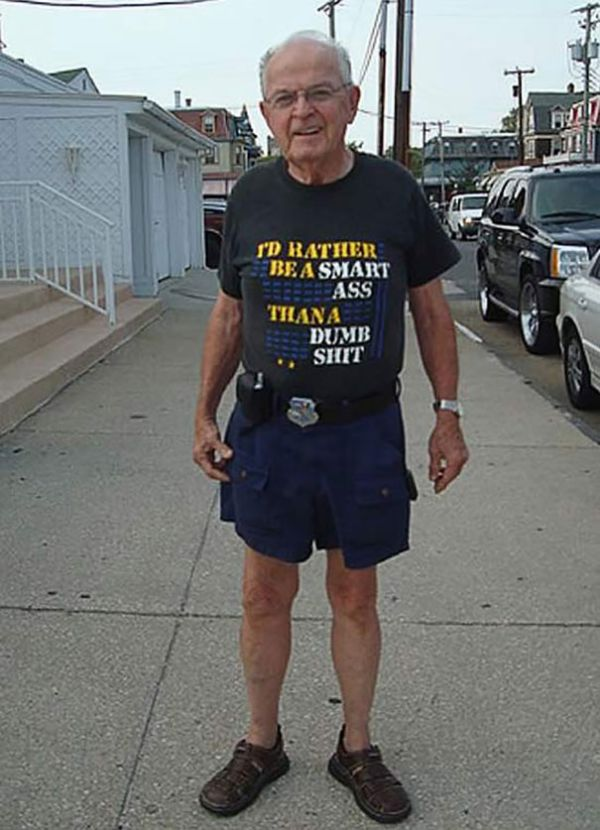 These Old People Have No Idea How Awesome Their Clothes Are (29 pics)