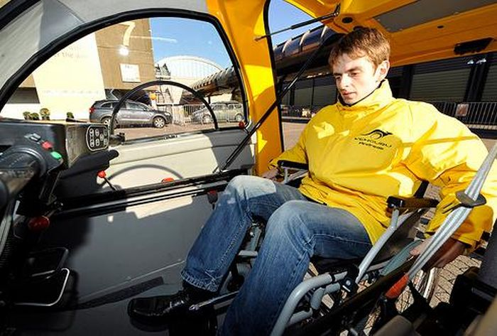 The Kenguru Is The Perfect Car For Someone In A Wheelchair (12 pics)