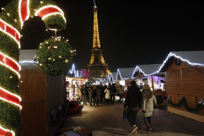 Europe Is Ready For Christmas (38 pics)