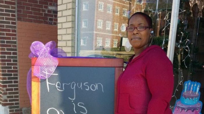 The Internet Raised $200K In A Day For A Ferguson Bakery (5 pics)