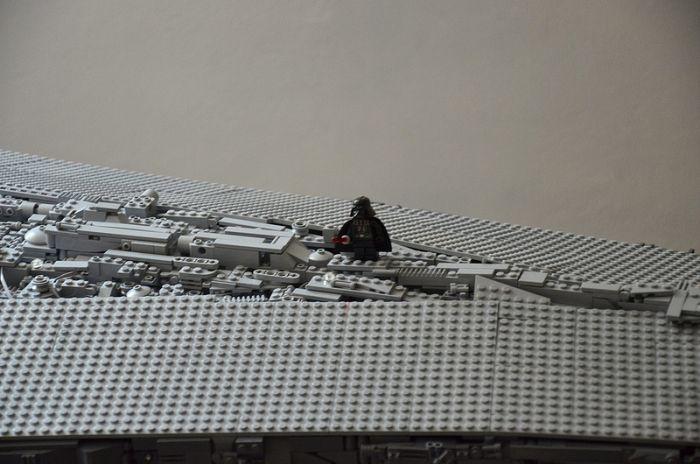 Amazing Star Wars Replica Built With LEGOS (6 pics)