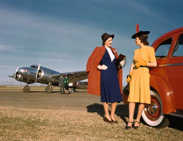 1940s Black And White Photos In Color (49 pics)