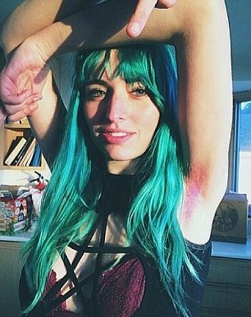 Dying Your Armpit Hair Is Apparently A Thing Now (23 pics)