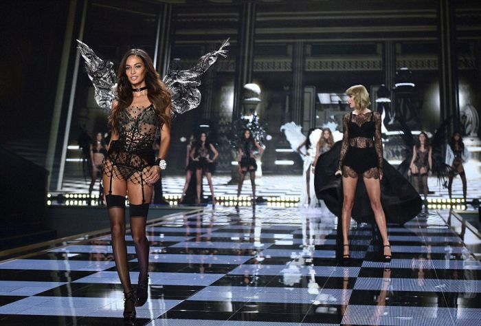 The Best Pictures From The Victoria's Secret Show In London (74 pics)