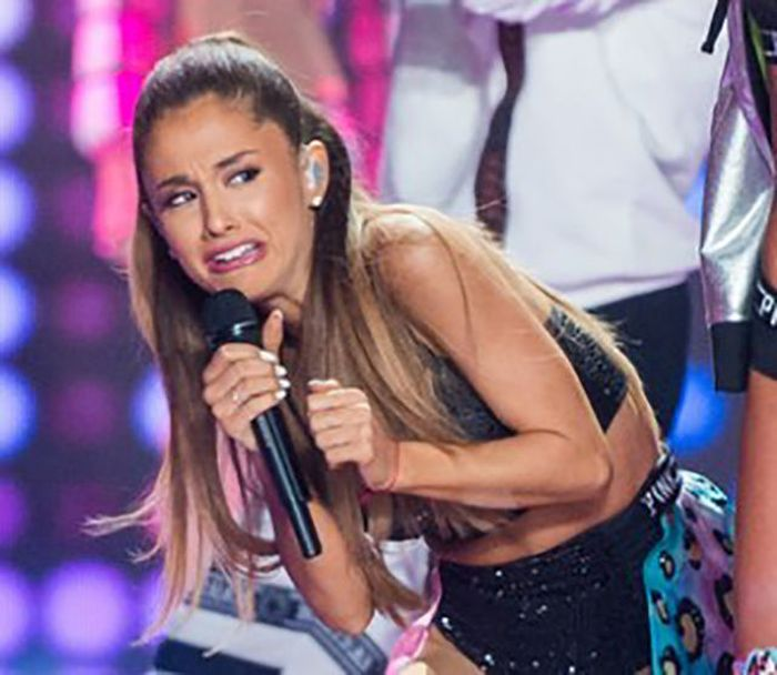 Ariana Grande's Cringing Face Has Taken Over The Internet (21 pics)
