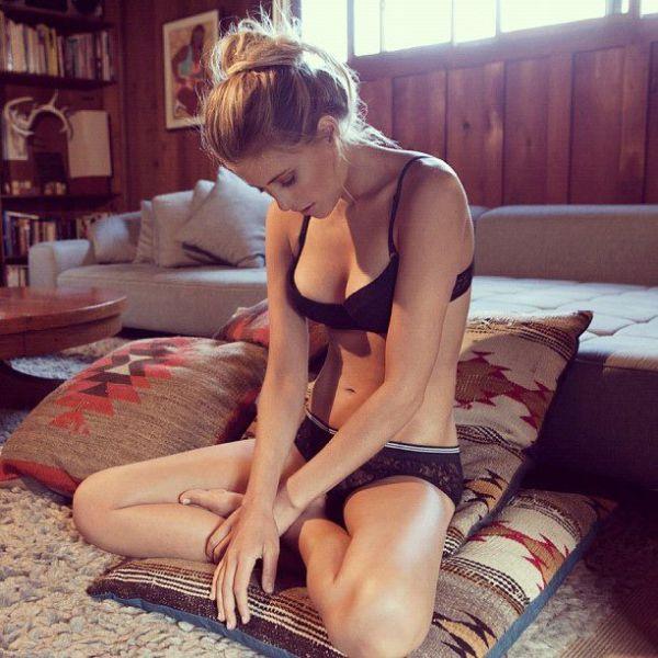 Sexy Amateur Girls (100 pics)