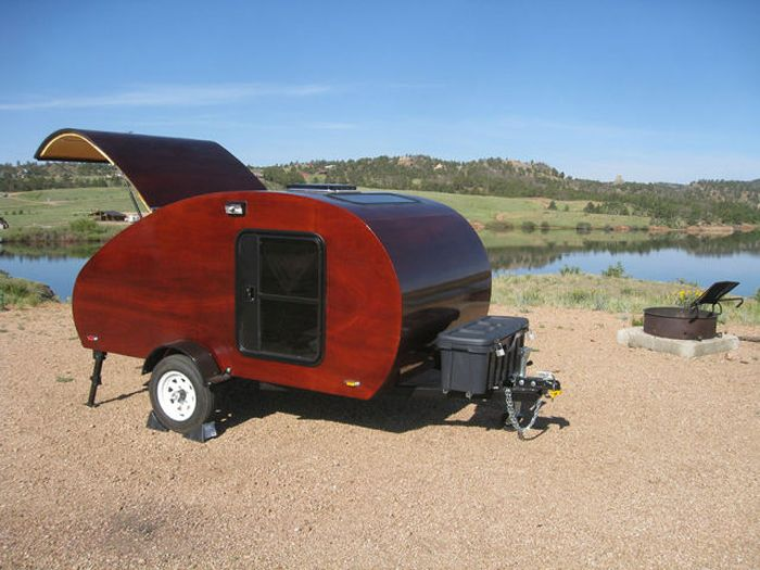 Who Wouldn't Want To Go Camping In This Trailer? (51 pics)